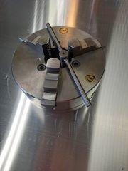 Dreibackenfutter für Drehbmaschine D 200mm