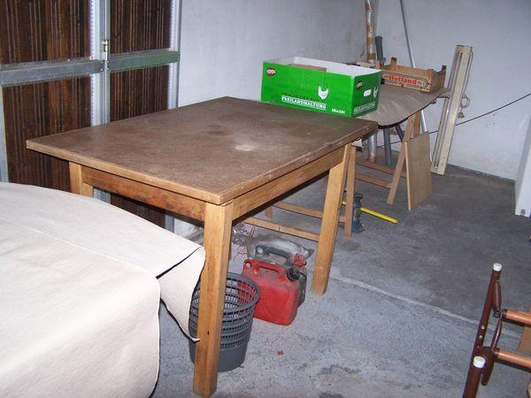 Großer alter Küchentisch - Holz