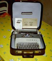 Verkaufe Schreibmaschine CONSUL aus DDR-Zeiten