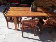 Tisch aus Fichte und Lerche