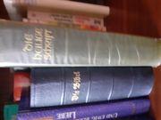 Antike Bücher und Romane