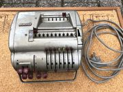 Alte Brunsviga 11E Rechenmaschine