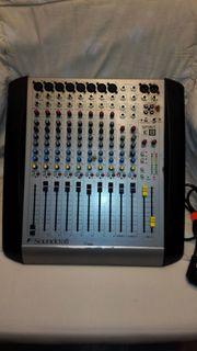 Soundcraft Spirit E8 Mischpult - 8