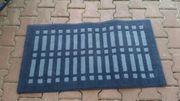 2 Teppiche blau