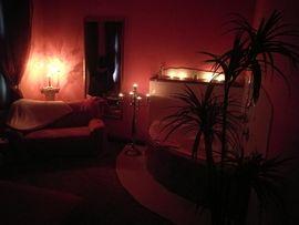 Bars, Clubs & Erotikwohnung - Stundenzimmer