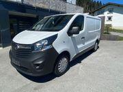 Opel Vivaro Transporter