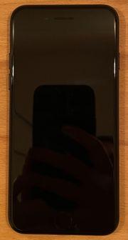 sehr gut erhaltenes iPhone 7