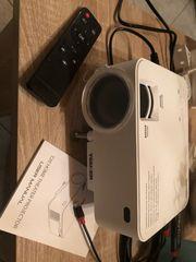 Projektor mit hdmi Kabel für
