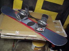 Junior Snowboard BMW- Edition 123cm: Kleinanzeigen aus Oberhaching - Rubrik Snowboards