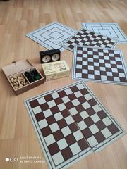 Schachuhr Schachfiguren 5 Bretter