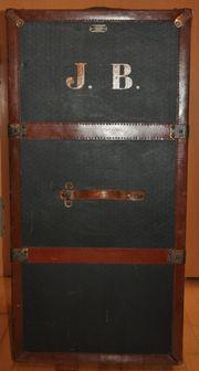 Überseekoffer zu verkaufen
