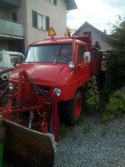Traktor Unimog Pullmann