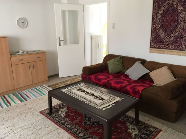 Möblierte 2-Zimmer-Dachstockwohnung an Einzelperson zu