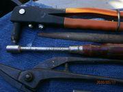Werkzeug-Konvolut wie z B Blindniet-Zange