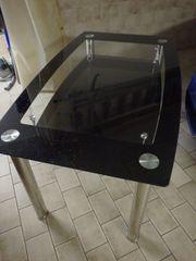 Glastisch aus Glas