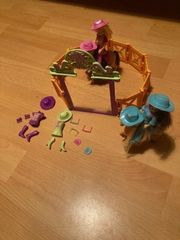 Polly Pocket Pferderanch mit 2