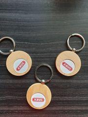 Schlüsselanhänger aus Holz für ABUS