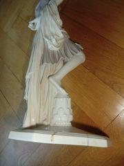 Rosenthal Jugendstil Mädchen Figur ca