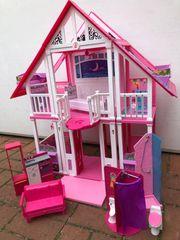 Barbie dream house mit Möbeln