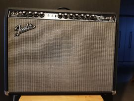 Gitarren/-zubehör - 65 Fender Twin Reverb 85