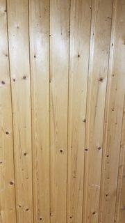 Profilholz hell mit Nut und