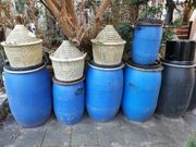 Fässer Korbflaschen