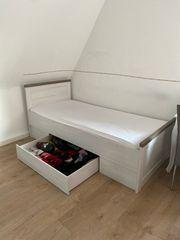 Bett von Segmüller mit elektronischen
