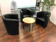 Büromöbel Sitzgruppe mit Beistelltisch