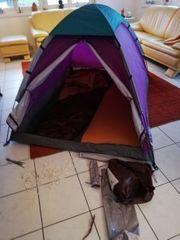 Zelt mit Schlafsack