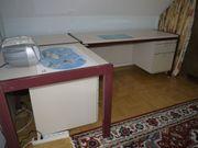 Schreibtisch zweiteilig mit Verbindungsecke