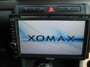 AUTO RADIO VON XOMAX MIT