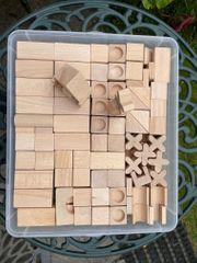 Spielzeug Holzbausteine etwa 200 Stück