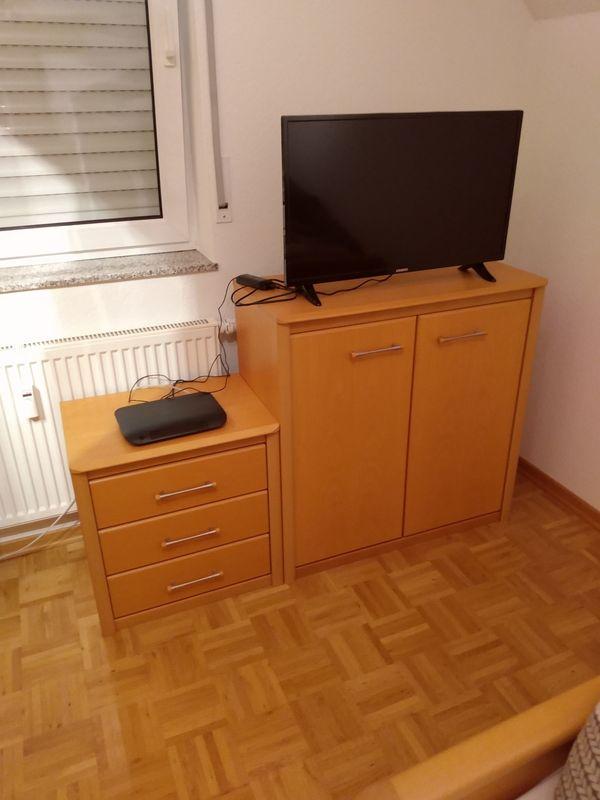 Schlafzimmer bzw auch Einzelteile aus