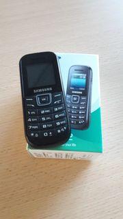 Samsung Handy GT-E1200I zu verkaufen
