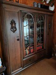 Antiker Wohnzimmerschrank Nussbaum 250EUR