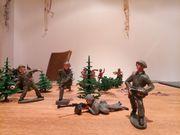 NVA Soldaten DDR Spielzeug bespielt