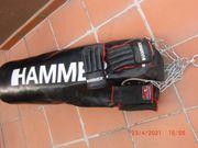 Hammer Boxsack mit Handschuhen