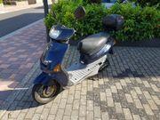 Motorroller Yamaha YE 50 zum