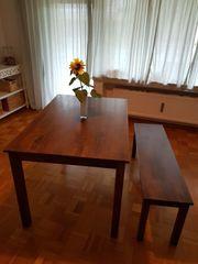 Esstisch mit Sitzbank aus Massivholz