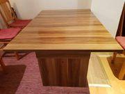schöner ausziehbarer Esstisch Tisch Wohnzimmer