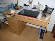 Schreibtisch in gutem Zustand zu