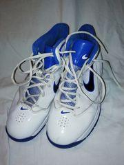 Nike Schuhe Sportschuhe Bakettballschuhe größe
