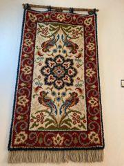 diverse Wandteppiche Preis per Stück