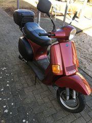 Vespa Cosa 200