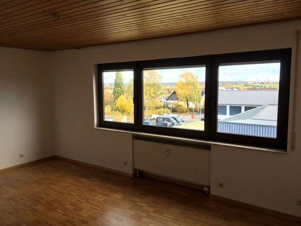 Exklusive modernisierte 2-Zimmer-Wohnung in Toplage