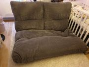 Moderne Couch mit Schlaffunktion