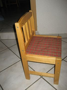 Bild 4 - stabiler Kinderstuhl aus Holz - Birkenheide Feuerberg