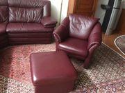 Polsterecke mit Sessel und Hocker