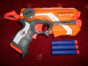 NERF Elite Firestrike Waffe