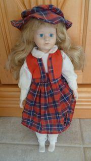 Puppe alt mit Tonkopf und